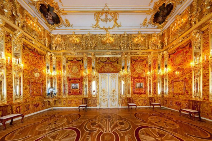 Amber Room.png