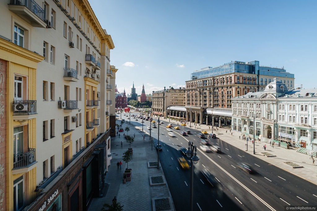 Tverskaya street in Moscow.jpg
