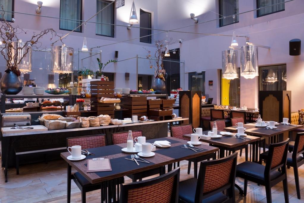 Radisson Sonya Hotel Restaurant.png